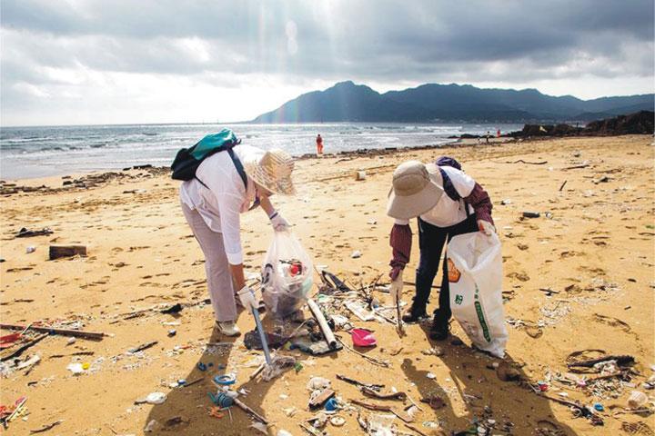 Solve the ocean plastic crisis